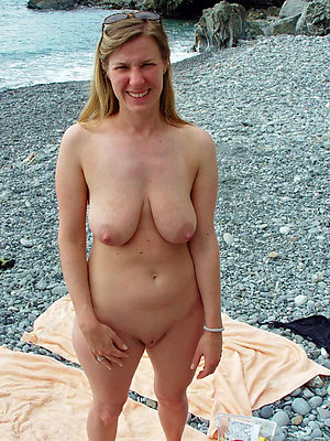 free pics of matured beach sex