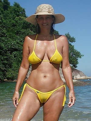 hotties grown-up woman bikini