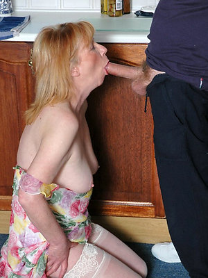 nasty mature woman blowjob pictures