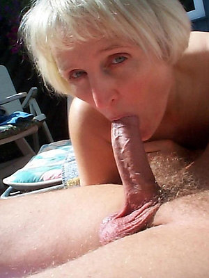 gorgeous mature blowjob pictures