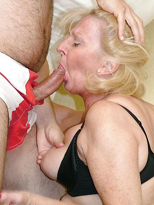 hotties mature non-professional blowjobs