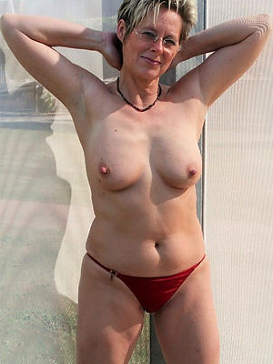 naught mature wife nude pictures