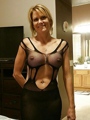 slutty mature milf solo galleries