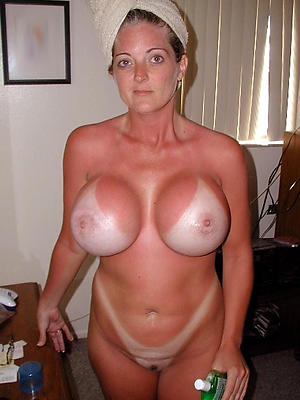 beautiful solo mature pussy pictures