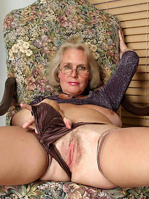 sexy mature older nude women