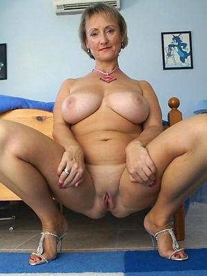 beautiful full-grown unstinting bosom