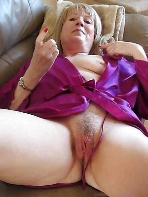 curvy of age sluts starkers