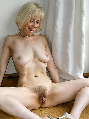 Rebecca cardon desnuda galeria