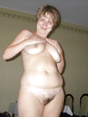 mature white pussy stripped