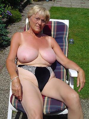 porn pics be advantageous to of age milf chest