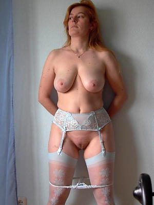 super-sexy natural mature