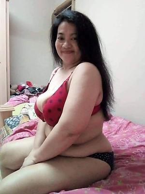 lay bare full-grown filipina posing