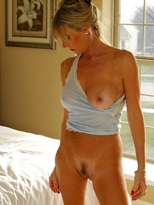 oversexed grown up moms nude