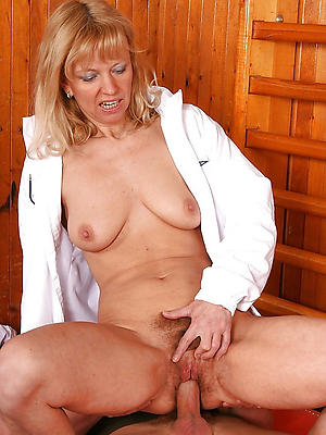 nutty sizzling grown-up moms porn pics