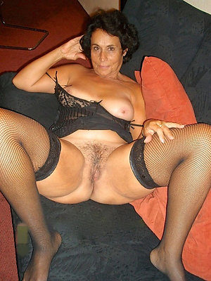 gorgeous hot mature brunette xxx