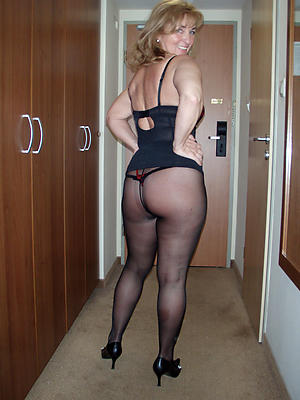 matures wide nylons basic