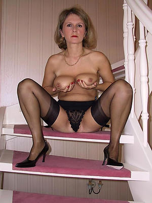 xxx matures with nylons