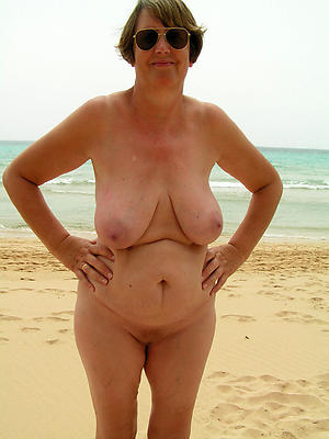 xxx freemature naked beach