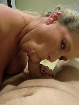 beautiful mature mom blowjob
