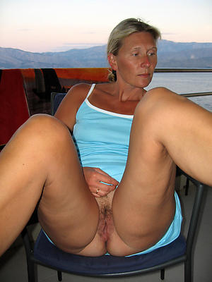 mature older nude women