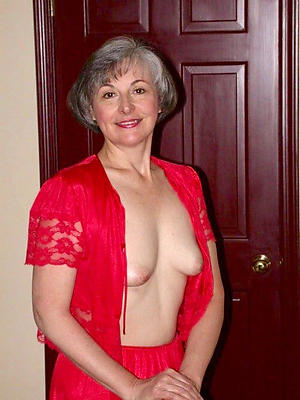 free pics of mature older nude women