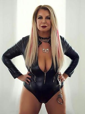 slutty bring to light full-grown models porn pics