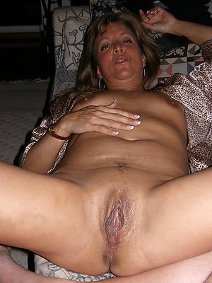 unorthodox pics be proper of grown up broad in the beam vulva