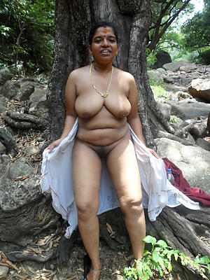 lovely adult indian column starkers pics