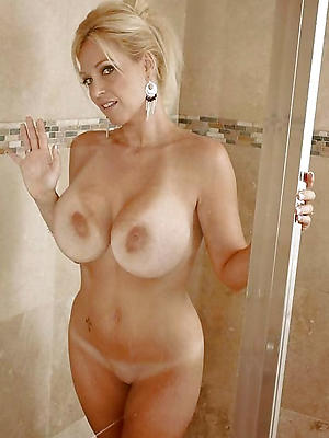 naughty mature in shower porn pics