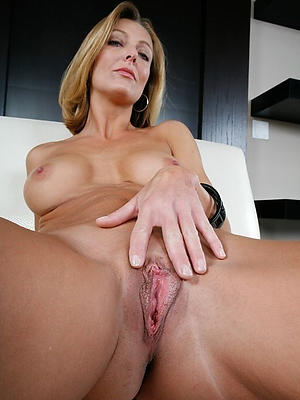 grotesque lack of restraint 40 matures homemade porn