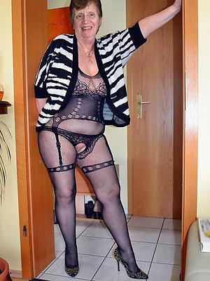 magnificent grandma stripped pics