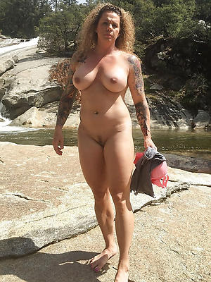 grown-up tattooed column homemade porn pics
