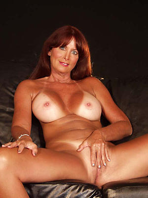 super-sexy undressed mature models