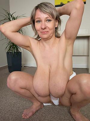 tyro saggy matured breast leafless
