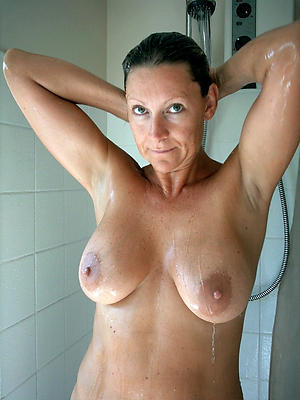 lovely revealed milfs close to dramatize expunge shower dusting