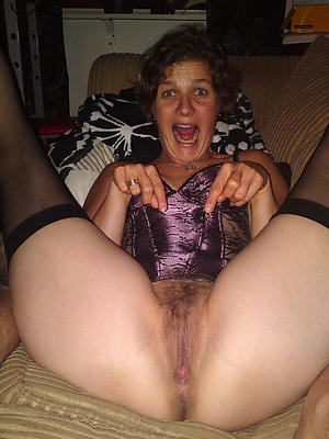 gorgeous milf pussy close beside pics