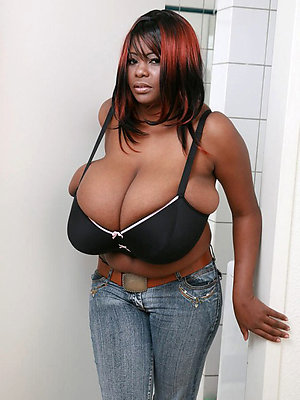 slutty free ebony mature porn pictures