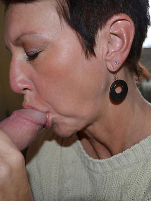 close up shop adult descendant blowjob buckshot