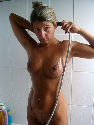 fantastic busty mature shower nude pics