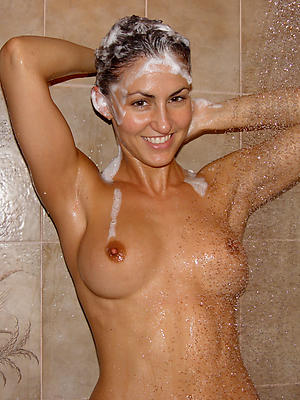 hotties mature body of men almost get under one's shower bare pics