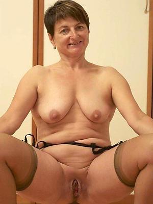 full-grown undevious boob porn