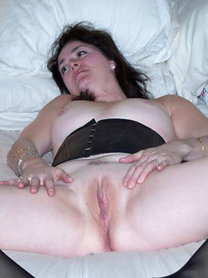 well done adult shaved cunt homemade pics