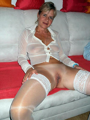 well done of age moms porn pics