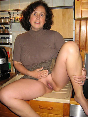 matured moms photos