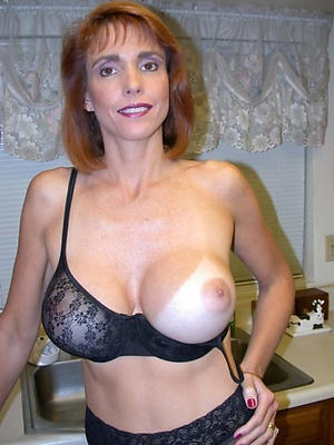 slutty of age moms intercourse pics