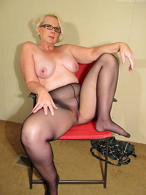 magnificent grown-up women in the matter of nylons porn pics