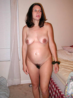 mature pregnant tits stripped
