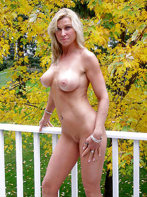 colored hair hot mature nudes