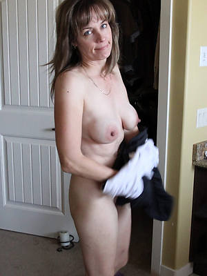 naught matured tits solo nude photo