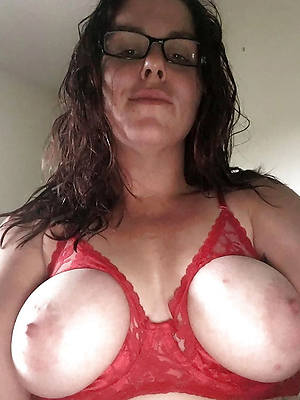 beautiful mature british boobs nude photo